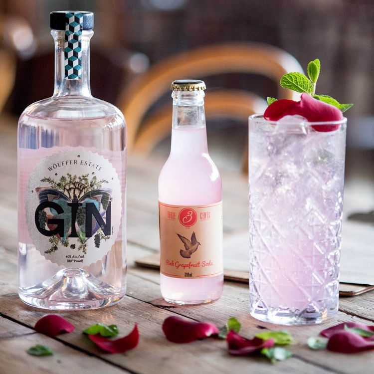 Wölffer Pink Gin & Three Cents Pink Grapefruit